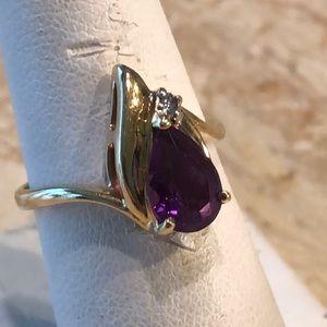 Amethyst, diamond & 14k ring
